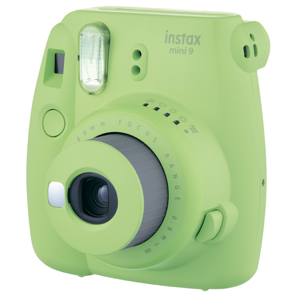 Фотоаппарат моментальной печати Fujifilm...