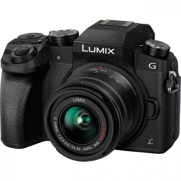Цифровой фотоаппарат Panasonic Lumix DMC...
