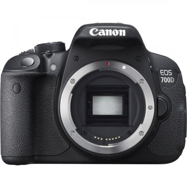 Зеркальный фотоаппарат Canon EOS 700D Bo...